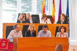 El Consell defiende que ha reducido en 500 días el plazo de pago a los proveedores