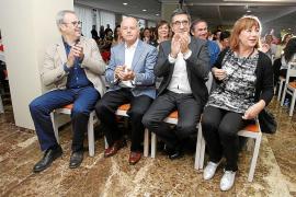 Pep Tur 'Cires' promete limpiar Sant Antoni «literal y metafóricamente»
