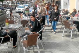 Los turistas gastaron hasta marzo 85 millones, un 49% más que hace un año