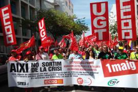 Unas 250 personas se manifiestan en Eivissa contra la precariedad laboral y los recortes