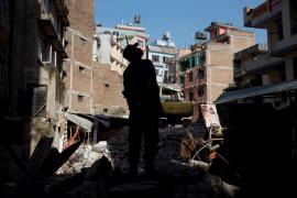 Sigue la búsqueda de 21 españoles en Nepal