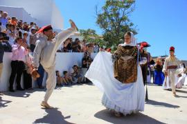 Santa Eulària celebra su fiesta grande bajo un sol sofocante