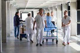 Médicos de cabecera denuncian el deterioro del servicio por la falta de sustituciones