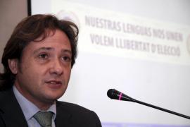 MENORCA - CONFERENCIA DE JORGE CAMPOS, PRESIDENTE DEL CIRCULO BALEAR.
