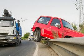 Dos heridos graves en sendos accidentes de circulación en Vila y Santa Eulària