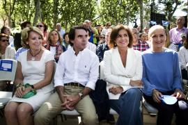Aguirre, sobre Botella: Ha sido esa gran mujer detrás de un gran hombre