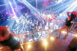 Las discotecas critican el «desconocimiento absoluto» de Podemos sobre el sector
