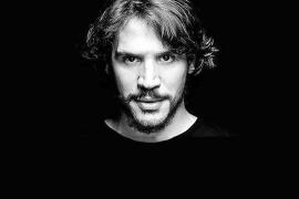 Sergio Peris-Mencheta: «El teatro tiene que ser un instrumento de crítica hacia el poder establecido»