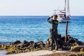 Se reactiva la búsqueda del pescador de 52 años desaparecido en Cala Mastella