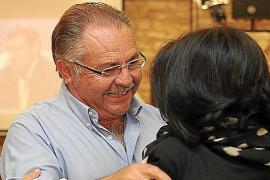 Antoni Marí 'Carraca' revalida su mayoría absoluta aunque pierde tres concejales