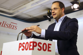El PSOE pide lealtad a sus barones a la hora de pactar con Podemos