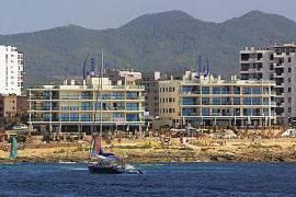 Piden 5 años de cárcel para los gestores del Coast Line de Sant Antoni por exceso de ruido