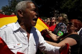 Varios periodistas agredidos en una manifestación contra Podemos en Madrid
