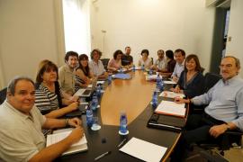Podemos acepta revisar su negativa inicial a entrar en un Govern presidido por el PSOE