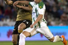 La Liga de fútbol desciende al Elche a Segunda por sus deudas con Hacienda