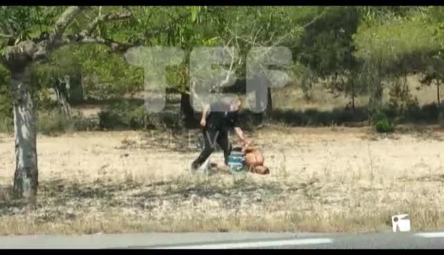 VÍDEO: Un robo con persecución y accidente en Sant Agustí termina a tiros y en el hospital
