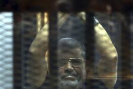 Confirman la pena de muerte contra Mursi por huir de una cárcel en 2011
