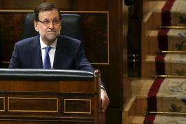 Rajoy mantiene la incógnita sobre los cambios de Gobierno en un acto con el Rey
