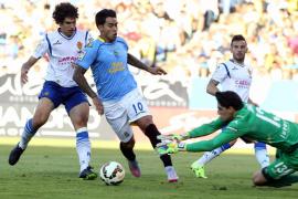 El Zaragoza remonta y se adelanta en el primer asalto