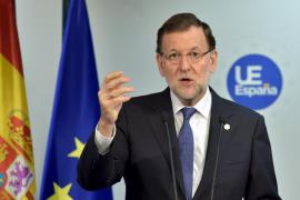 Rajoy anuncia una reunión del pacto contra el terrorismo tras el atentado de Túnez