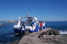 Costas autoriza el desembarco de tres cruceros en Formentera