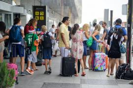 Detenidos dos hombres por robar en el Aeropuerto de Eivissa un equipaje con 5.000 euros