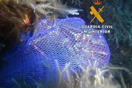 Sorprendido en Eivissa pescando langostas de manera ilegal