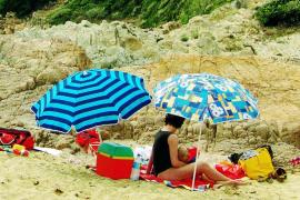 Comer en la playa