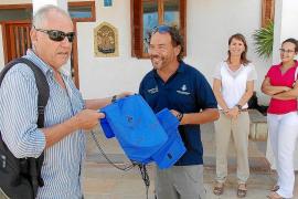 El Consell de Formentera reparte 500 bolsas de tela para reducir el uso del plástico