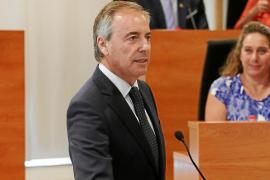 Serra: «Torres no tiene en cuenta ni el dinero ni las competencias del Consell»