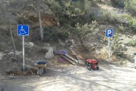 Sant Antoni mejora la señalización de acceso a Cala Salada
