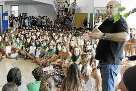 Pere Mas ante la protesta Anti-TIL