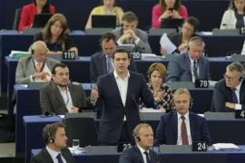 Tsipras promete reformas «creíbles» en los próximos días para evitar la ruptura con Europa