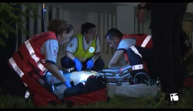 VÍDEO: En estado crítico un hombre tras precipitarse desde un segundo piso en un hotel de Platja d'en Bossa