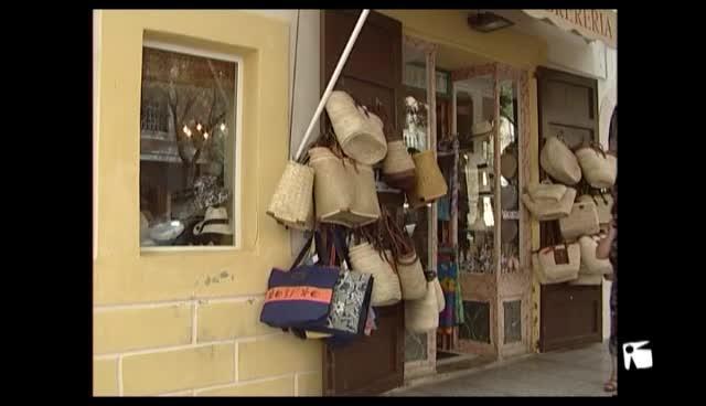 VÍDEO: Docentes mayores de 80 años, la cestería de Vicenta Vinyes y la sombrerería Bonet, Medallas de Oro de Eivissa