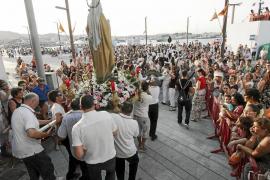Vila se vuelca con la Virgen del Carmen