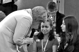 La niña palestina que lloró delante de Merkel podría evitar la deportación