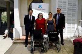 La Obra Social La Caixa dona al IMAS 16 sillas de ruedas