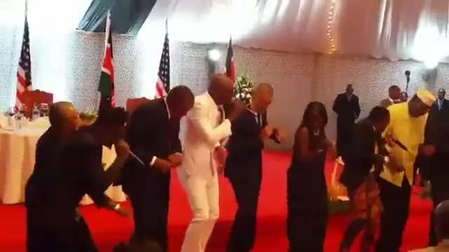 Obama baila el 'Gangnam Style keniano'