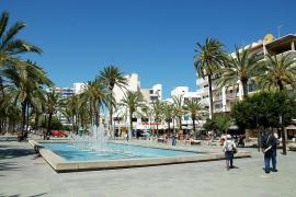 La pelea de dos marroquíes en Sant Antoni se salda con un apuñalamiento y una detención