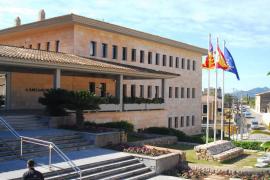 Bandera gay en el Ajuntament de Calvià