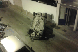 Un conductor se da a la fuga tras un aparatoso accidente en Sant Antoni