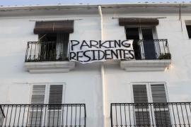 Los vecinos de la fachada marítima tendrán alrededor de 12 plazas de parking