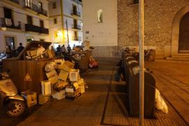 Vila multará con hasta 30.000 euros a los comerciantes que abandonen residuos fuera de los contenedores