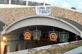 Los taxistas legales denuncian agresiones y acoso por parte de los piratas