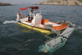 El Govern retiró tan sólo en el mes de julio 7.528 kilos de basura del litoral pitiuso