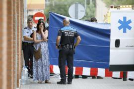 Detenido un hombre por matar a su expareja en plena calle en Castelldefels