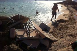 """Podemos denuncia el """"secuestro"""" de las playas por los beach clubs"""
