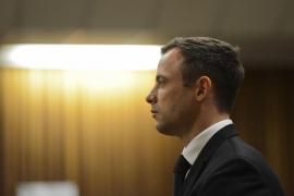 Una asociación de mujeres mantiene en la cárcel al atleta Oscar Pistorius