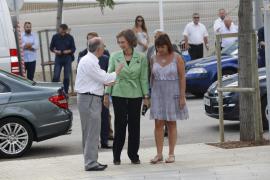 Tomeu Català, doña Sofía y Francina Armengol